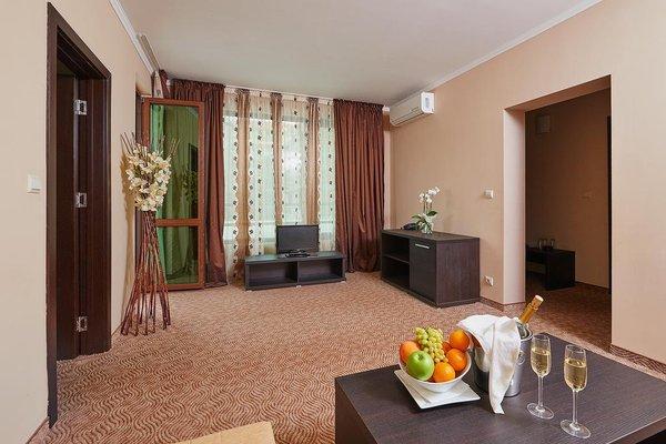 Central Plaza Hotel - фото 16
