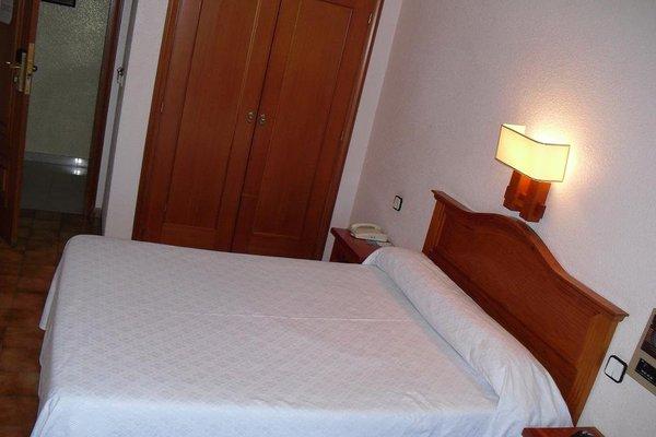 Hotel Castilla - фото 4