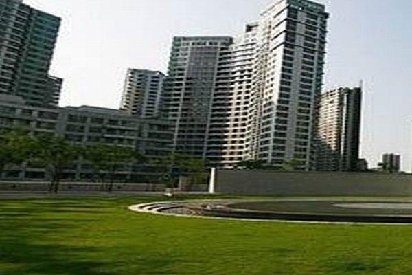 Гостиница «LANSON PLACE CENTRAL PARK SERVI», Пекин