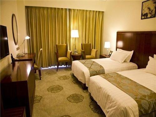 Home Inn  Hotel (Qian'an Yanshan Road Branch), Qian'an