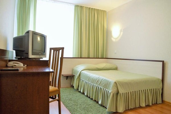 Nadzeya Hotel - фото 1
