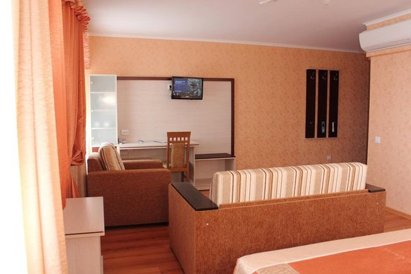 Nadzeya Hotel - фото 16