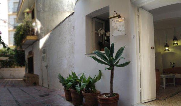 InHouse Marbella Hostel - фото 13