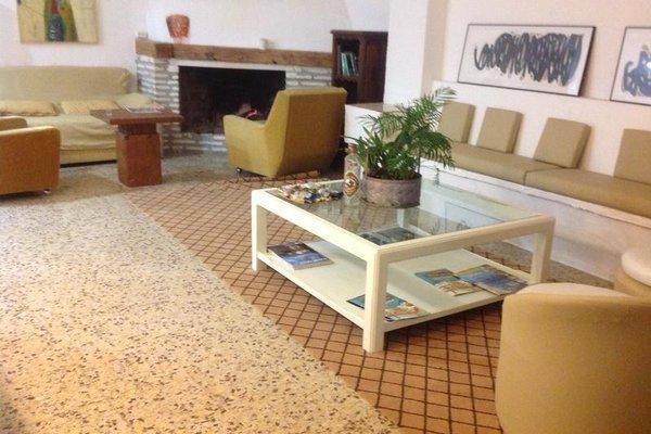 InHouse Marbella Hostel - фото 6