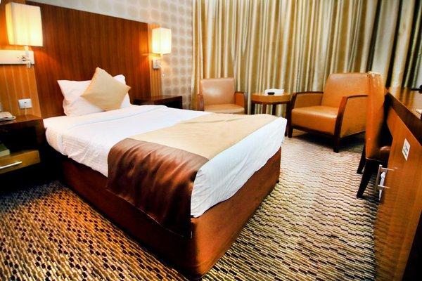 Отель Sun and Sands - фото 2