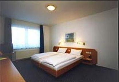 Penthouse-Hotel - Internationales Boardinghouse - фото 2