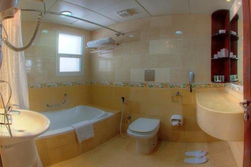 Asfar Hotel Apartment - фото 10