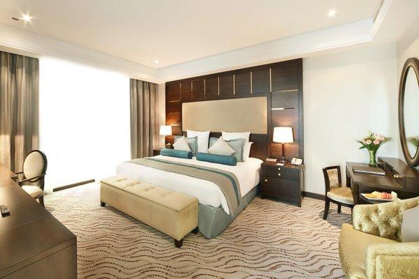Park Regis Kris Kin Hotel - фото 1