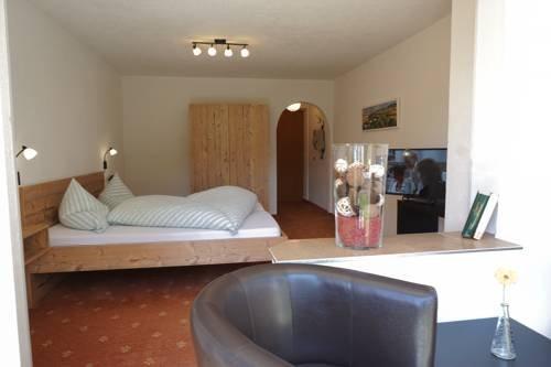 Hotel Pension Tyrol - фото 4