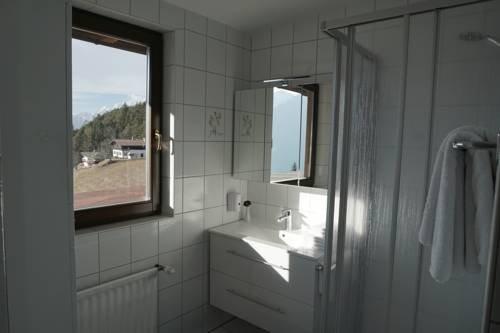 Hotel Pension Tyrol - фото 8