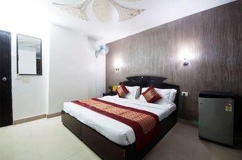 Airport Hotel Noratan Palace - фото 50