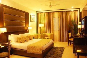 Hotel Shanti Palace West