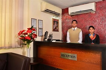 Hotel Shanti Palace West - фото 20