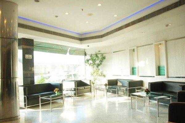 Hotel Shanti Palace West - фото 7