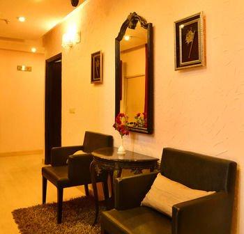 Hotel Shanti Palace West - фото 8