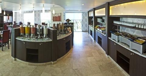 Holiday Inn Express & Suites Queretaro - фото 7