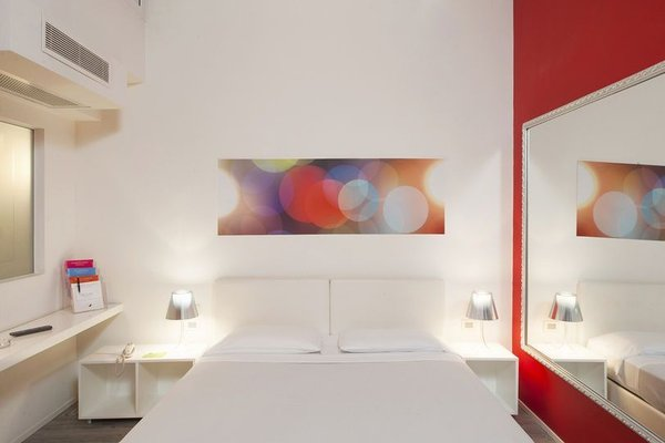 MO.OM Hotel - фото 1