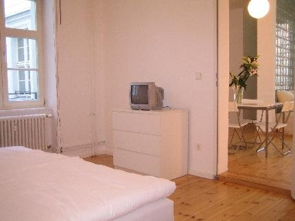 Berlin Apartment 2 - фото 2