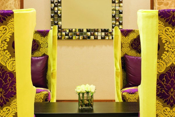 AVANI Deira Dubai Hotel - фото 10