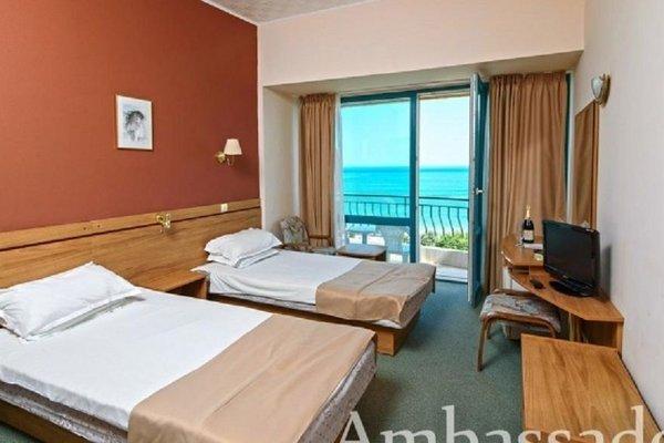 AMBASSADOR HOTEL - фото 2