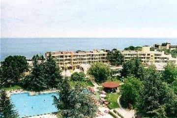 AMBASSADOR HOTEL - фото 22