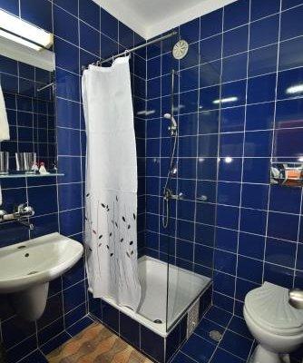 AMBASSADOR HOTEL - фото 8