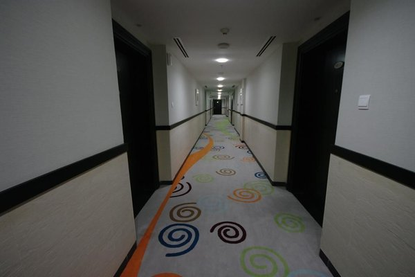 Gulf Oasis Hotel Apartments - фото 4