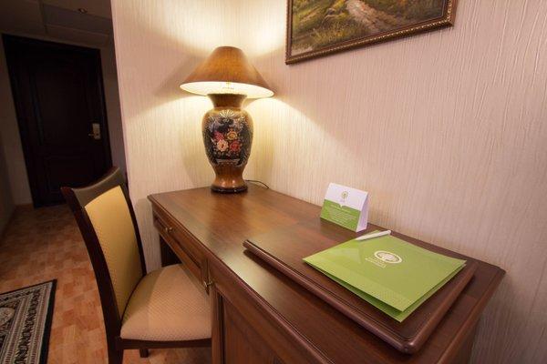 Отель Платан южный - фото 1