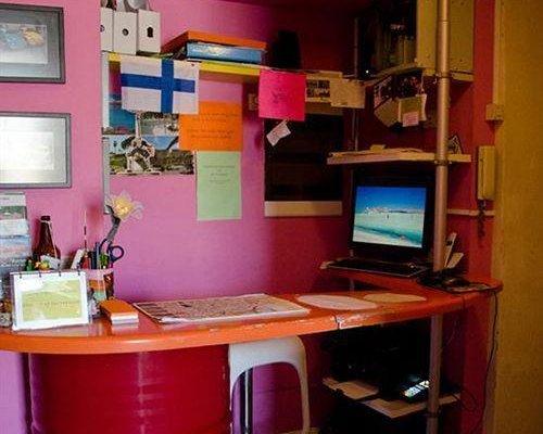 CCLY Hostel Catania - фото 5