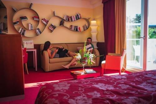 Color Hotel Style & Design - фото 7