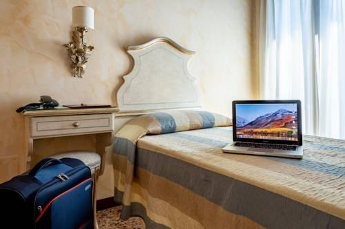 Hotel Mercurio - фото 2