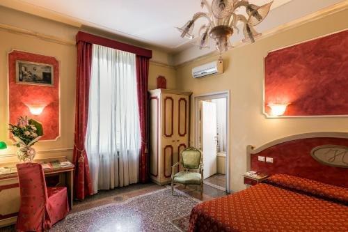 Antica Residenza D'Azeglio Room&Breakfast di Charme - фото 50