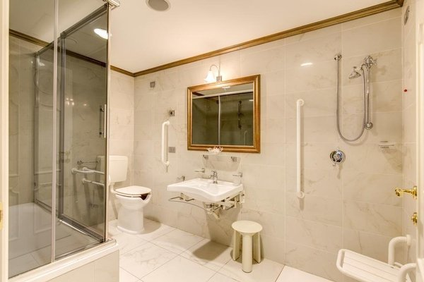 IH Hotels Milano Puccini - фото 10