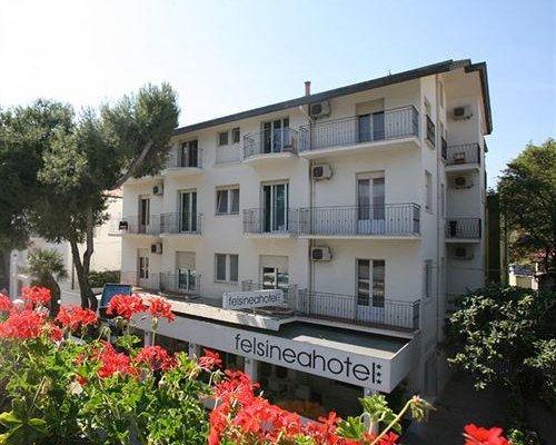 Hotel Felsinea - фото 16