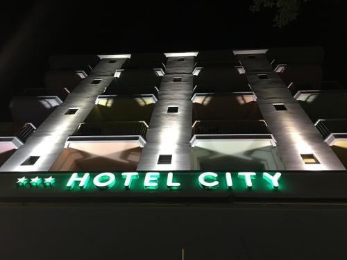 Hotel City - фото 15