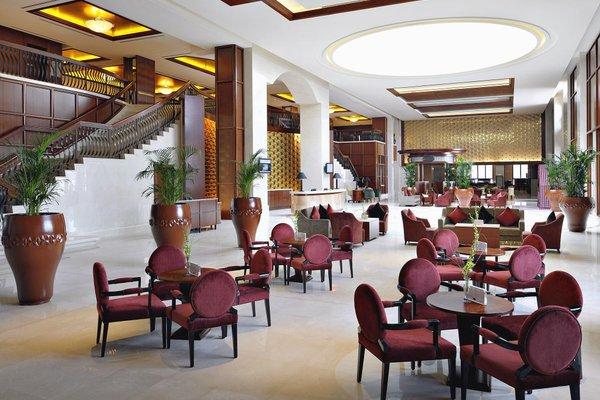 Ramada Jumeirah Hotel - фото 7