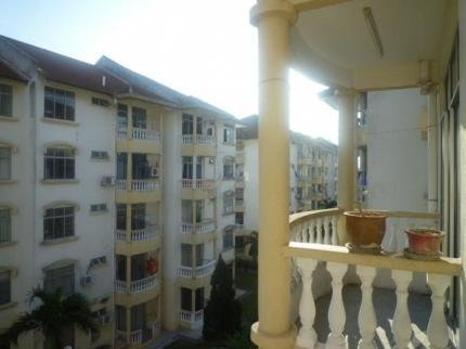 Malacca Pelangi Holiday Aparment - фото 12