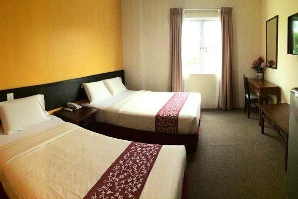 Grand Far East Hotel - фото 1