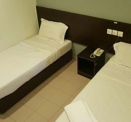 Tiong Nam Hotel - фото 1