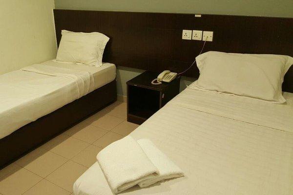 Tiong Nam Hotel - фото 2