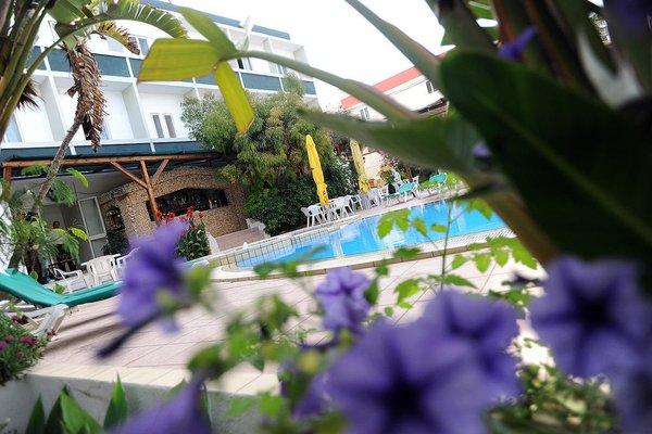 Sea View Hotel - фото 16