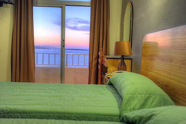 Sea View Hotel - фото 2