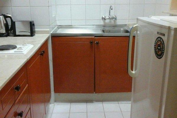 Al Raein Hotel Apartments - фото 4