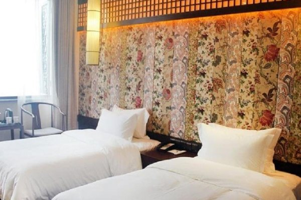 Chengdu Nine Point Art Hotel - фото 0