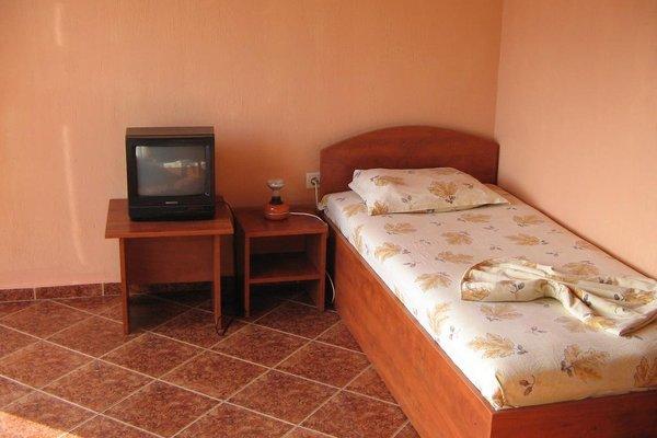Varna Hotel - фото 2