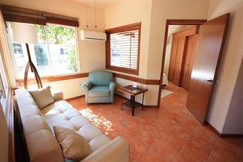 Alcazar Suites - фото 5