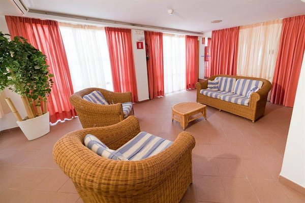 Apartamentos Atzar - фото 0