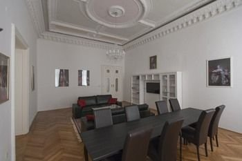 Heart of Vienna Luxury Residence - фото 12