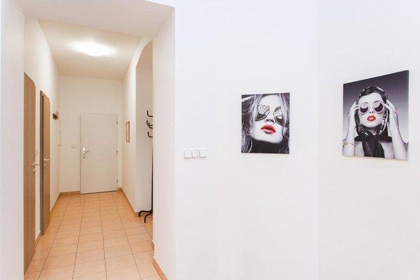 Prague Apartment V Lesicku 8 - фото 20