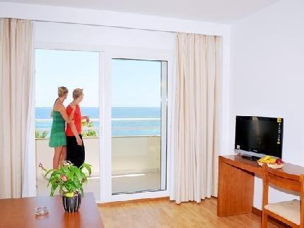 Aparthotel Cap De Mar - фото 5